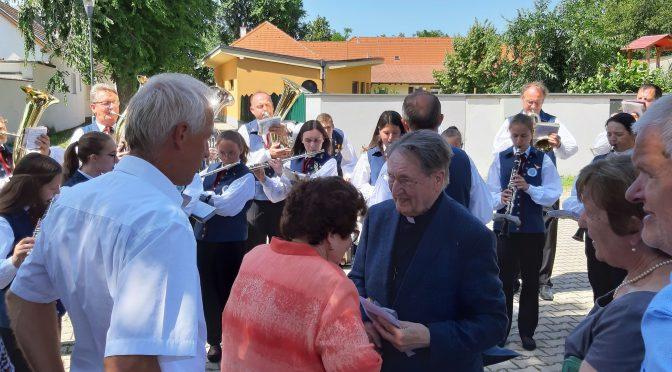 Meine Erinnerungen an  60 Jahre mit Msgr. Johann Lentsch
